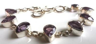 Pear-Amethyst-Bracelet_2[1]