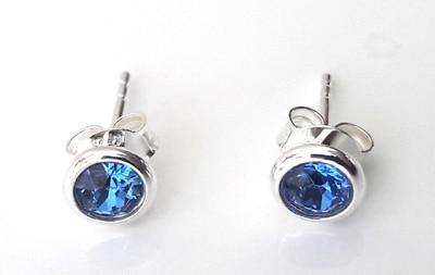 4mm-Sapphire-Swarovski-Crystal-Studs1[1]