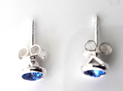 4mm-Sapphire-Swarovski-Crystal-Studs_2[1]