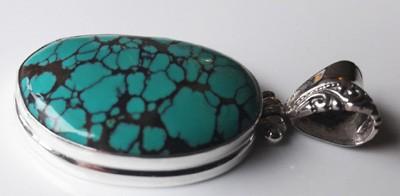 Black-Matrix-Turquoise-Pendant_1[1]