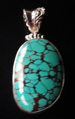 Black-Matrix-Turquoise-Pendant_2[1]
