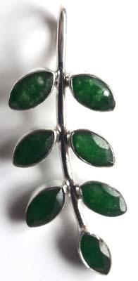 Emerald-Leaf-Pendant_1[1]