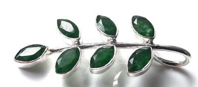 Emerald-Leaf-Pendant_2[1]
