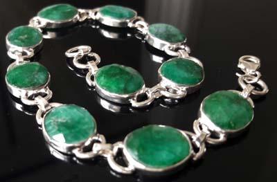 Emerald-Ovals-Bracelet2[1]