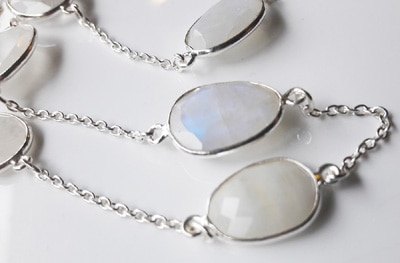 Faceted-Moonstone-Necklace_2[1]