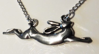 Leaping-Hare-Necklace_1[1]