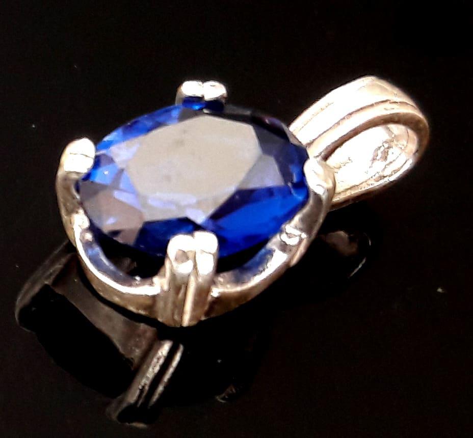 Oval lab sapphire pendant x2