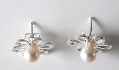 Pearl-Flower-Studs_2[1]