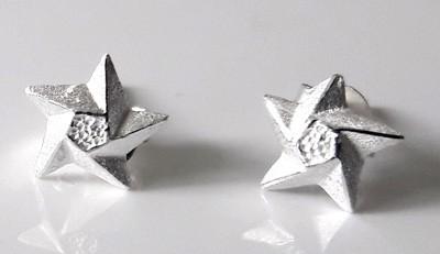 Small-3D-Star-Studs_1