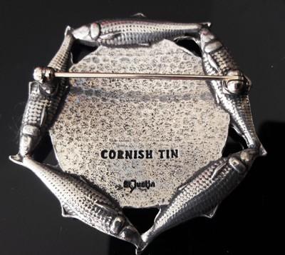 Tain-t-Right-Tin-Poldark-Brooch_2[1]