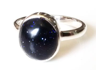 blue-oval-goldstone-ring-side