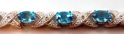 blue-topaz-and-diamond-bracelet-detail