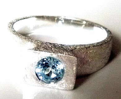 chunky-brushed-topaz-ring
