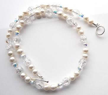 double-pearls-crystal-necklace-w