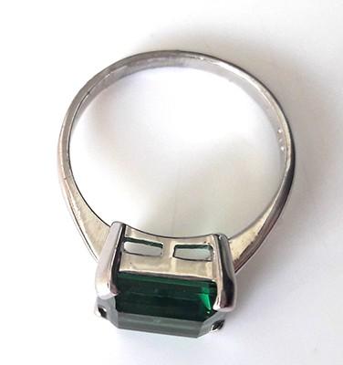 emeraldcutring2[1]