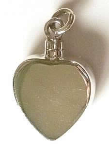 flat-heart-ashes-loket