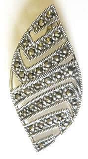 marcasite-wavy-pendant