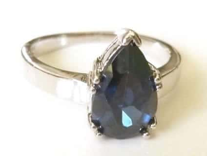 pear-sapphire-plated-ring