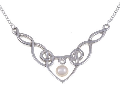 pearl-heart-pewter-necklace