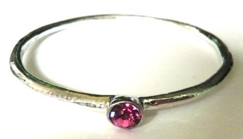 pewter-bangle-with-pinkstone