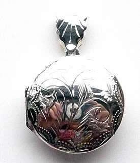 round-engraved-locket