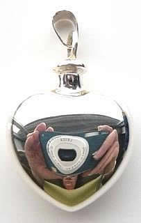 screw-top-heart-locket