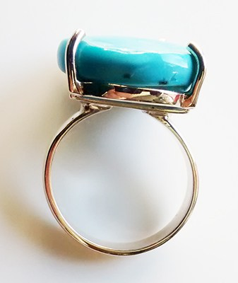 side-view-sleeping-beauty-turquoise-ring