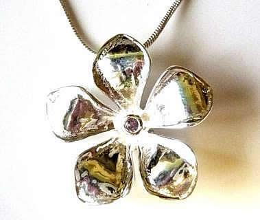 silver-plated-amethyst-frangipani-pendant