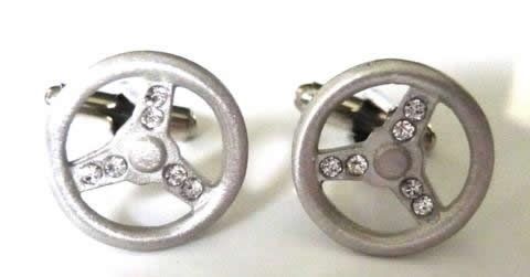 sterringwheelcufflinks[1]