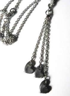 three-herat-dangle-necklace-2
