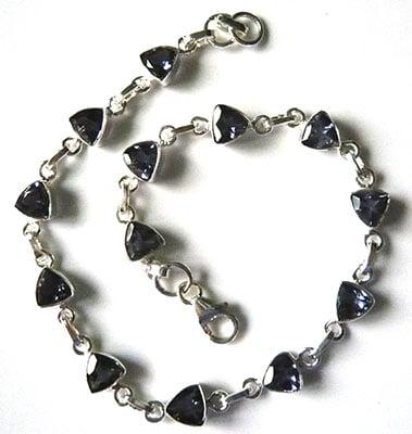 trillion-iolite-bracelet