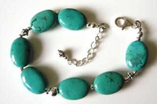 turquoise-bead-bracelet