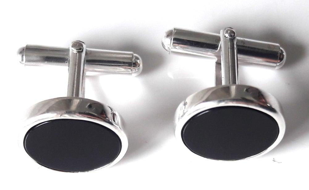Onyx round cufflinks 3